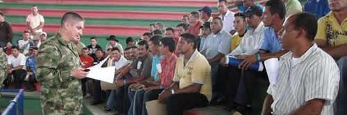 Junta para resolver situación militar en Colombia.